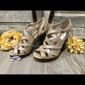COACH Aenya Platinum Strappy Stiletto Shoes SZ 6